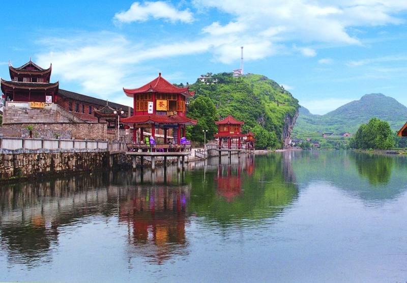 邵阳是湖南省人口最多,面积第三大的城市,地处湖南省西南,踞资江之上