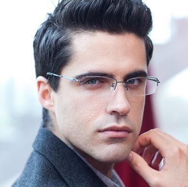 亿超的哪些近视眼镜框款式受欢迎?