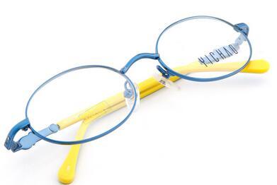 哪些人不宜佩戴隐形眼镜